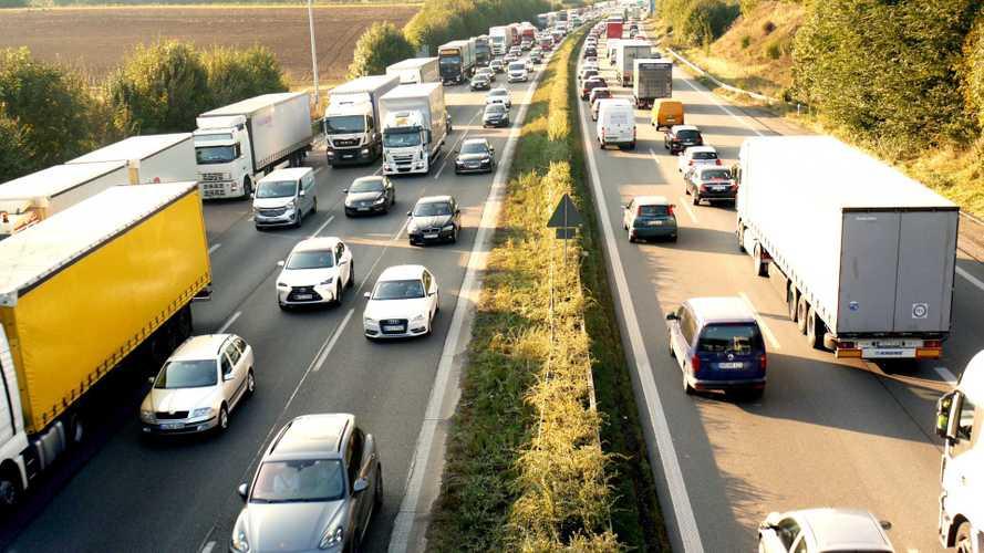 Il Governo tentenna su Autostrade, Atlantia prepara il piano di recupero