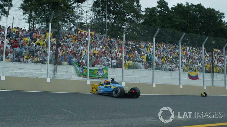 Los pilotos de F1 que no ganaron, a pesar de cruzar primeros la meta