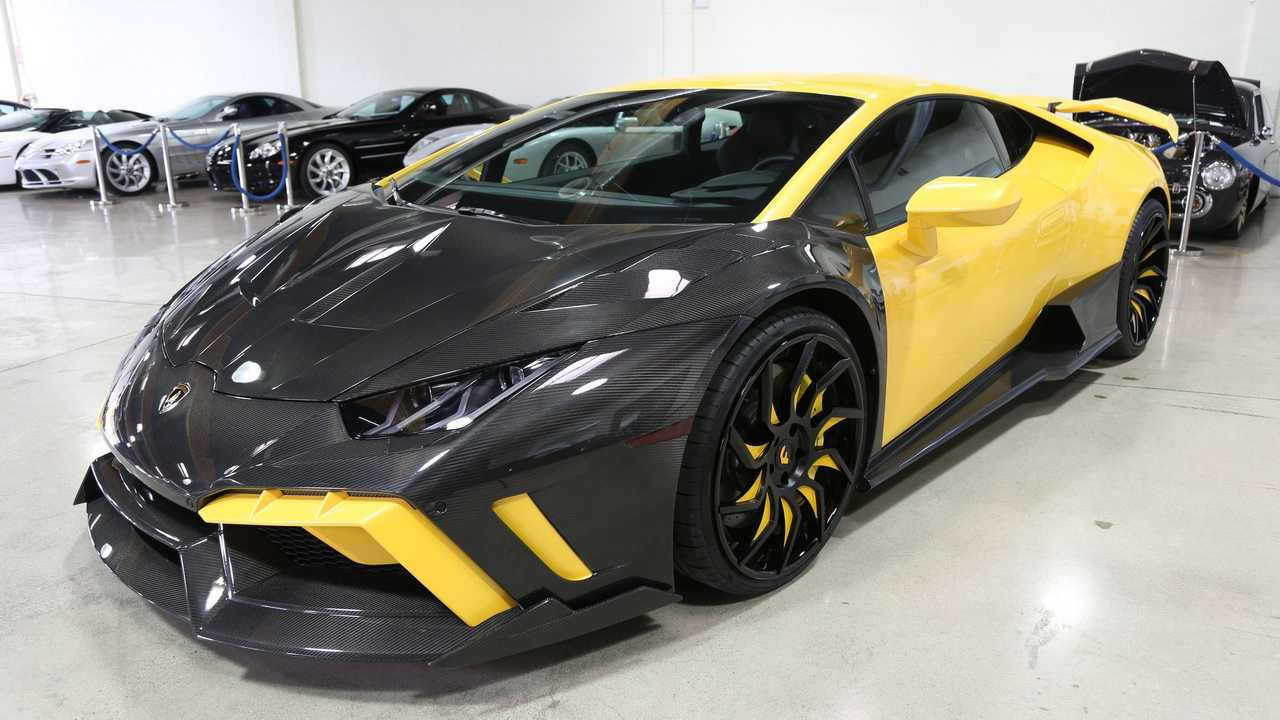 2015 Lamborghini Huracan LP610-4 Wears A Custom Body Kit
