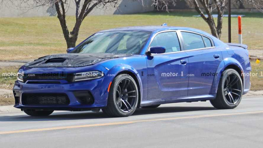 2020 Dodge Charger SRT Hellcat Redeye Spied With Covered Hood