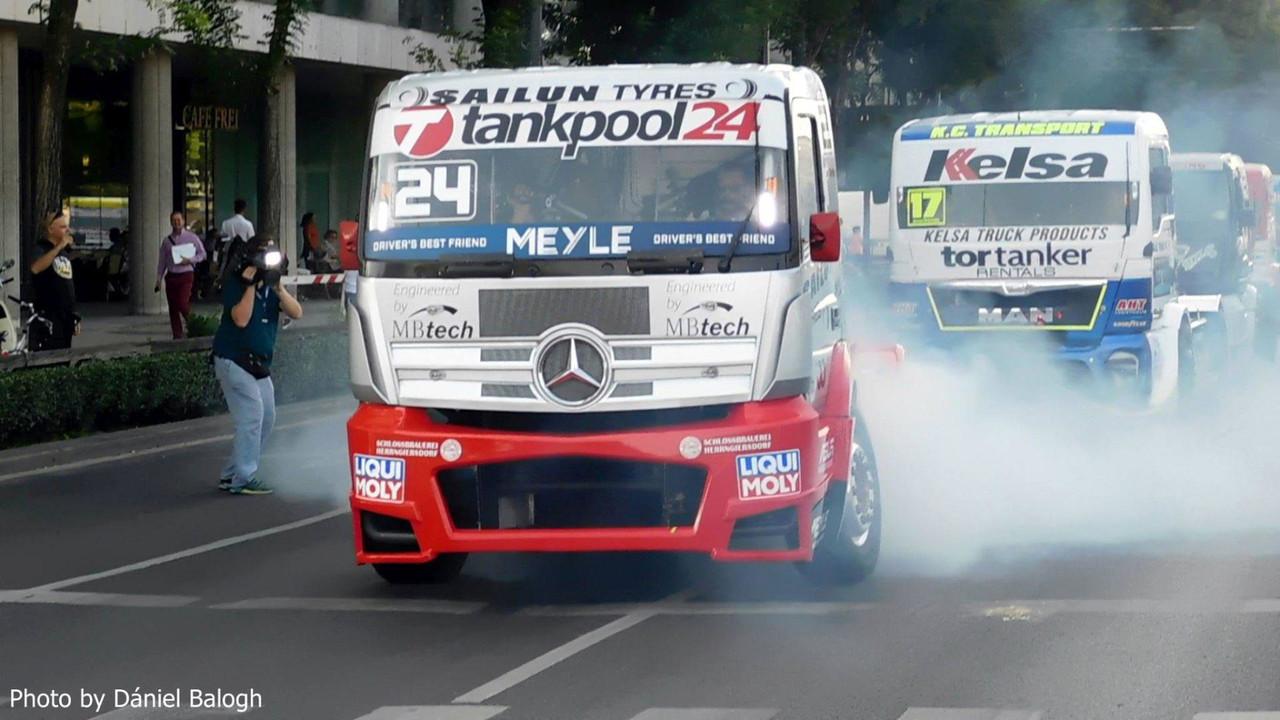 Kamion Eb és GT kocsik Budapesten