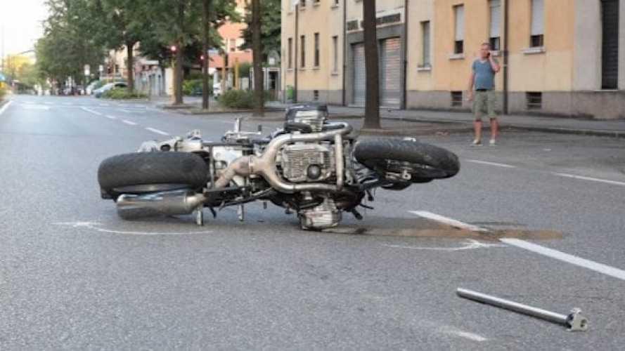 Motociclista ubriaco e drogato uccide due pedoni: la piaga della prevenzione