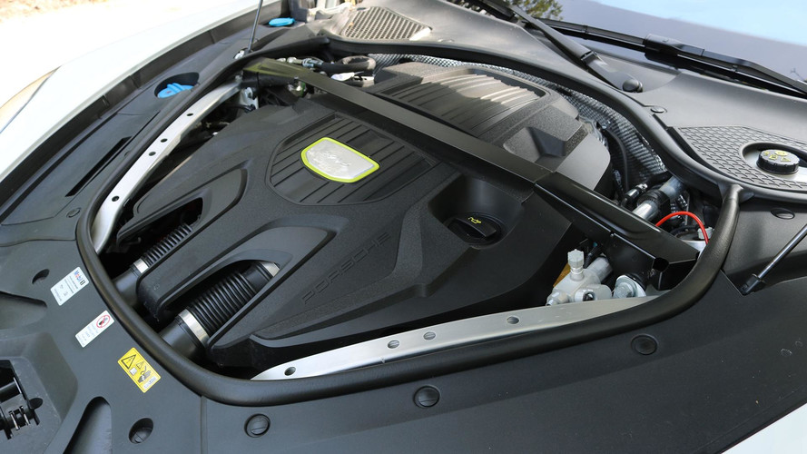 2018 Porsche Panamera 4 E-Hybrid: Review