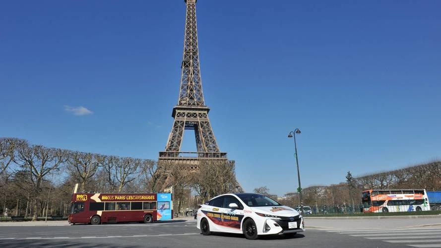 Toyota Prius PHEV Paris-Dakar
