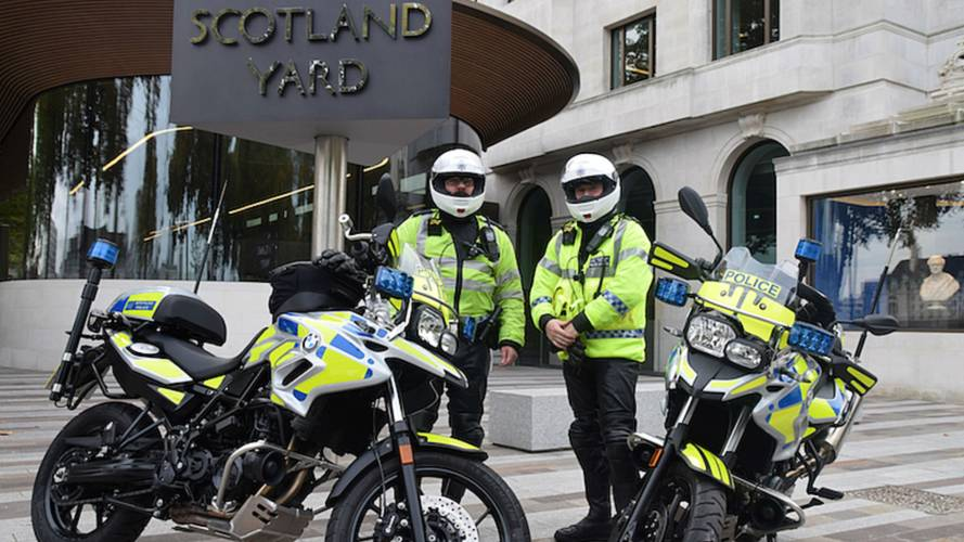 London Police Moped Thief Tactics Aggressive, But Effective