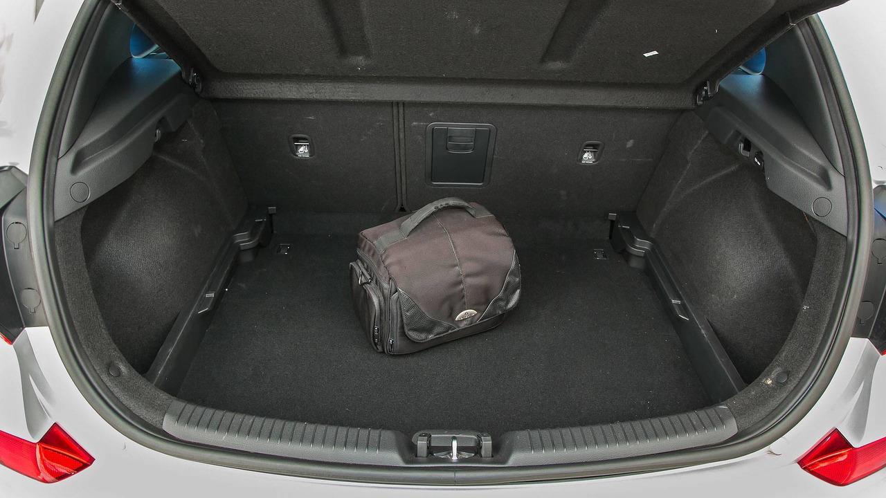 7.- Hyundai i30 2018 - 395 litros