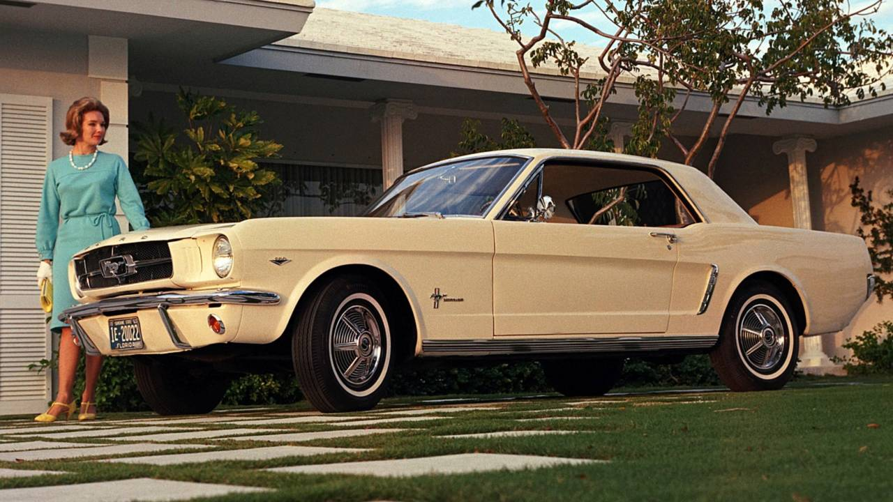 2 - Ford Mustang