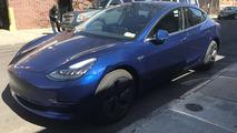 Tesla Model 3 Çamurluk Hasarı