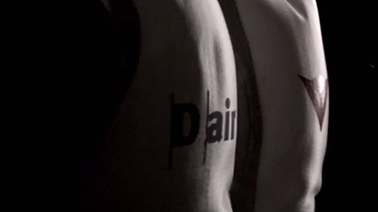 An in-depth video look at Dainese D-Air Street