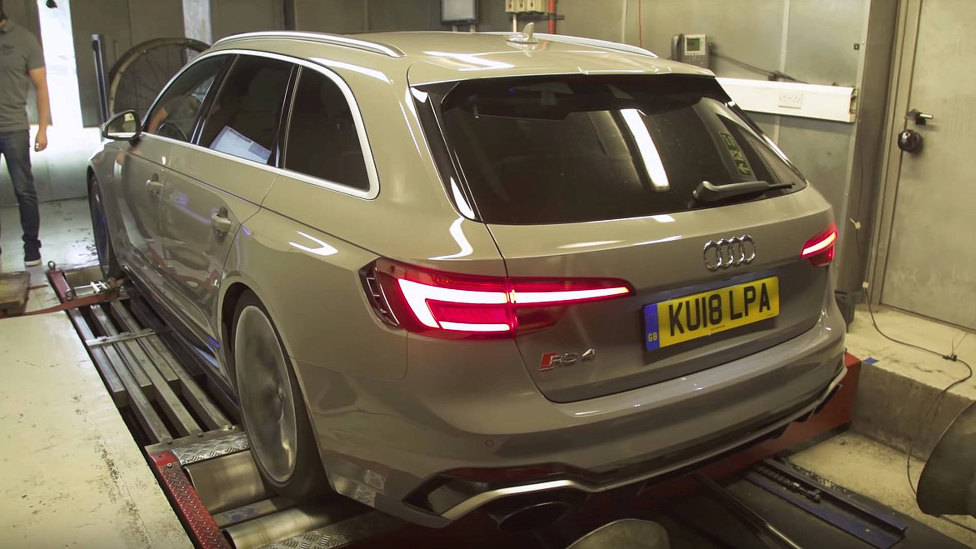 Curious To Find Out How Much Power Audi Rs4 Avant Actually Has