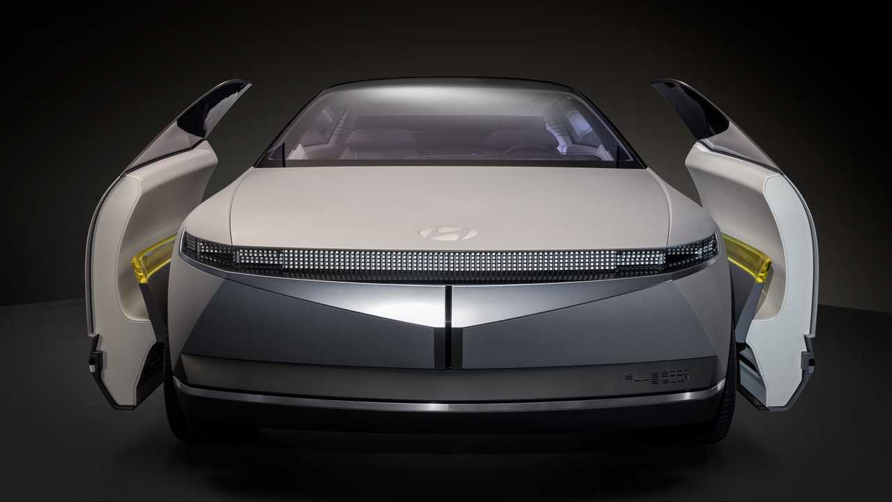 Hyundai 45 Concept Draws Inspiration From Past, Looks Into