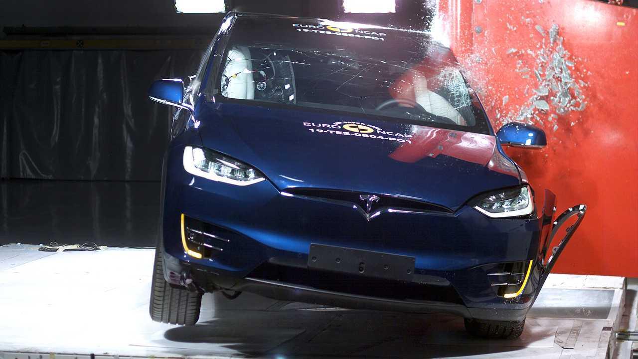 Tesla Model X Crash Test Euro NCAP 2019