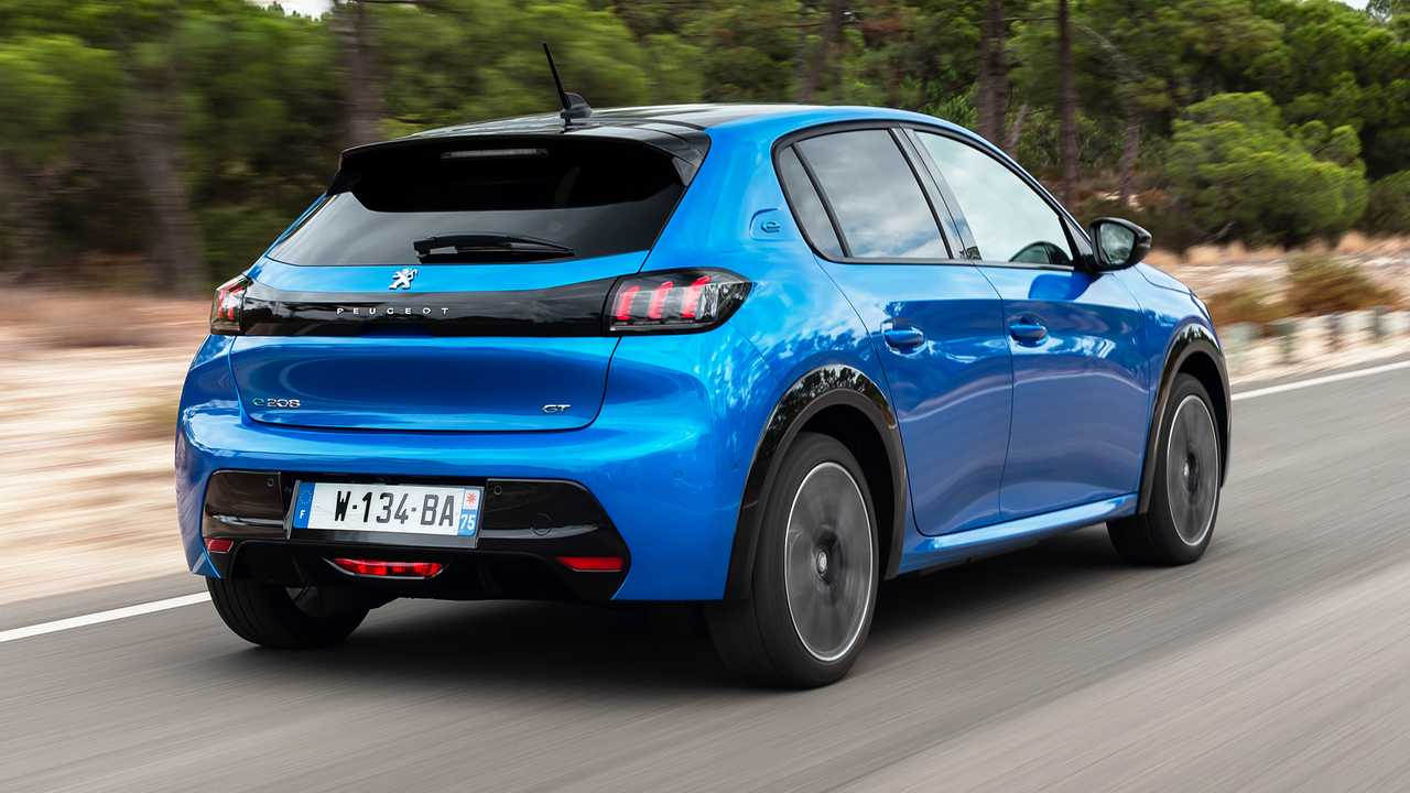 Peugeot e-208, la prova su strada in anteprima