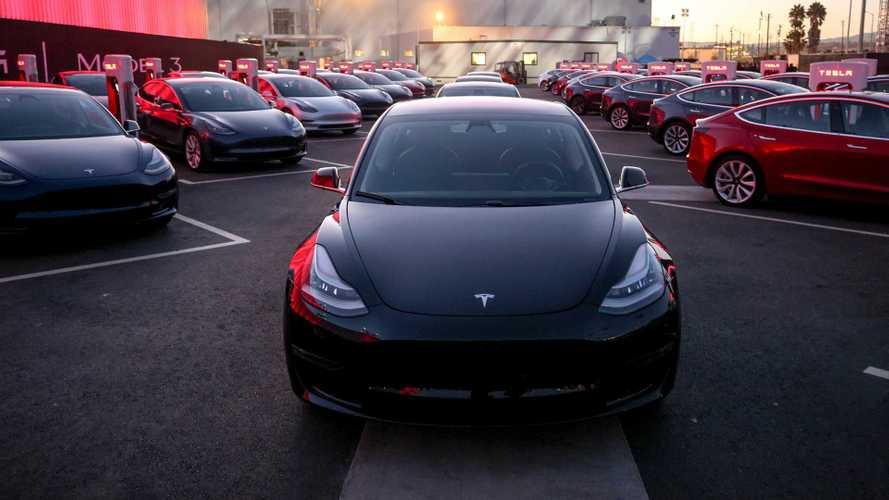 Tesla Model 3 só perde para o Golf nas vendas de março na Europa