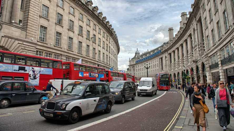 İngiliz hükümeti, tesislerin açılması için düğmeye basıyor