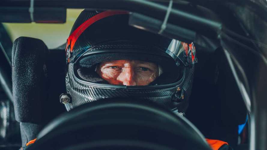 Portrait d'Andy Wallace, le pilote d'essai de Bugatti