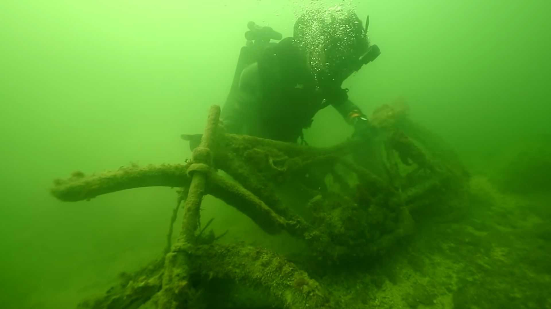 Watch Divers Discover 10 Sunken Cars