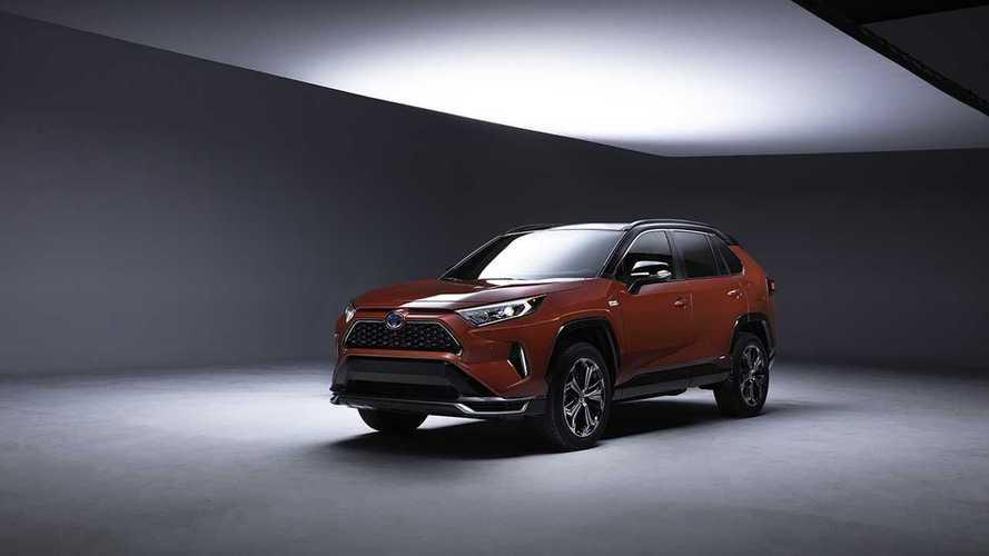 Toyota RAV4 Plug-In Hybrid Teaser
