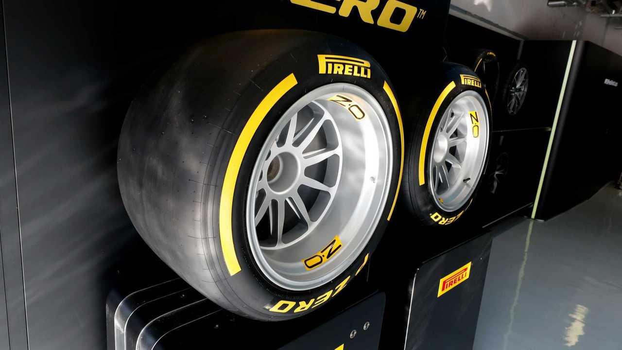 Copertina Pirelli verso l'ultimo test