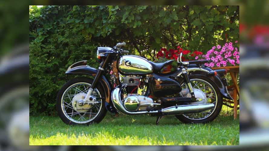 1956 Honda Dream MF350