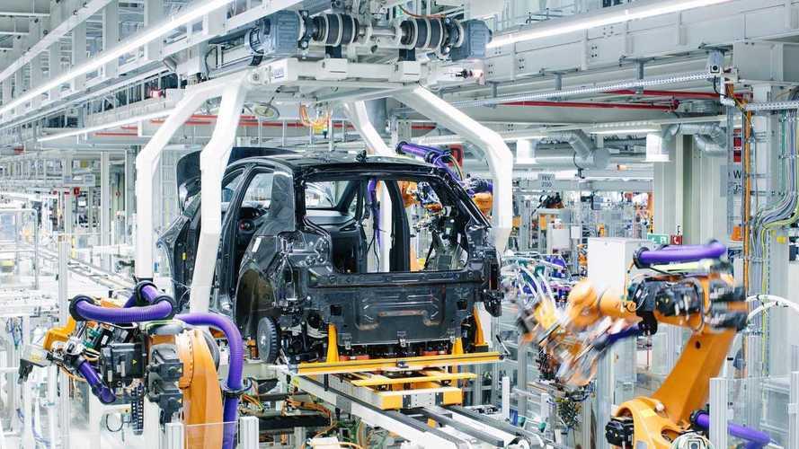 VW, prezzi auto elettriche allineati alle tradizionali con la prossima generazione