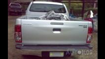 Toyota Hilux 2012 com visual reestilizado e motor flex já roda sem disfarces na Argentina