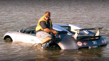 Bugatti Veyron crashed in Texas lake in 2009