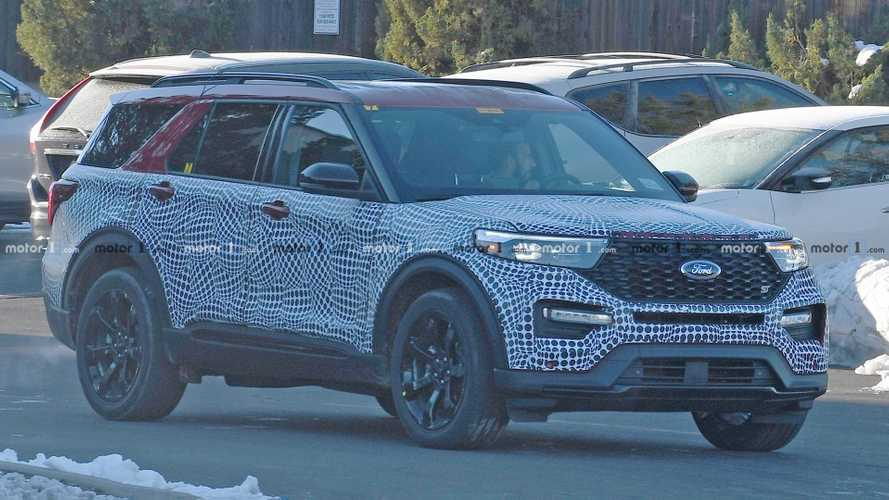 2020 Ford Explorer ST Spied Showing Off Its Sporty Cues