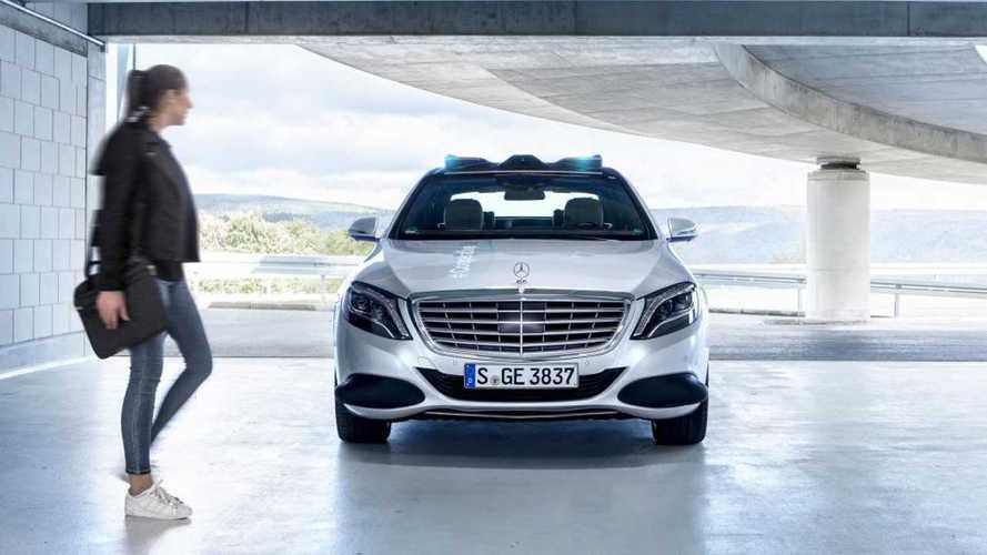 Mercedes'in yeni akıllı aracı yayalar ile iletişim halinde olacak