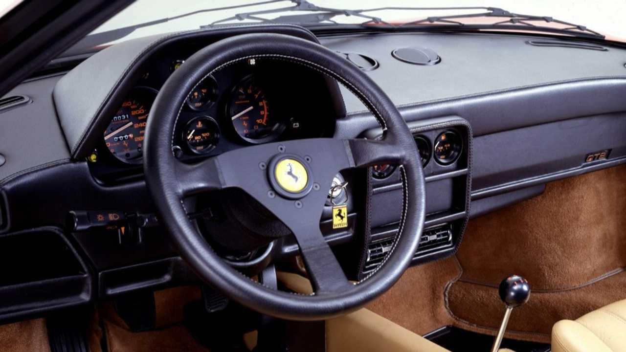 Panneau avant Ferrari 328 GTB