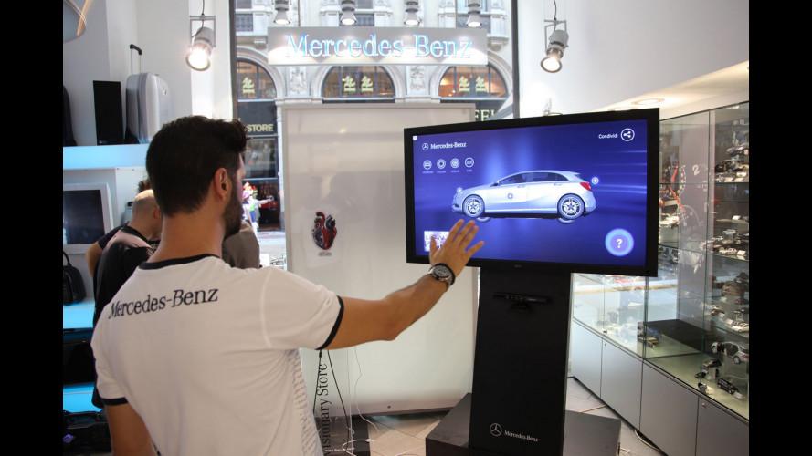 """Insieme alla nuova Classe A Mercedes lancia il """"Visionary Store"""""""