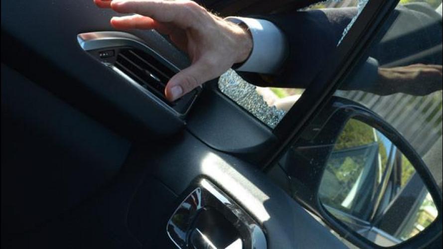 [Copertina] - Auto rubate, attenzione ai taccheggiatori