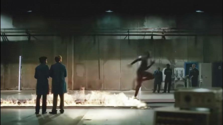 Nissan sfida Usain Bolt a correre più veloce del fuoco [VIDEO]