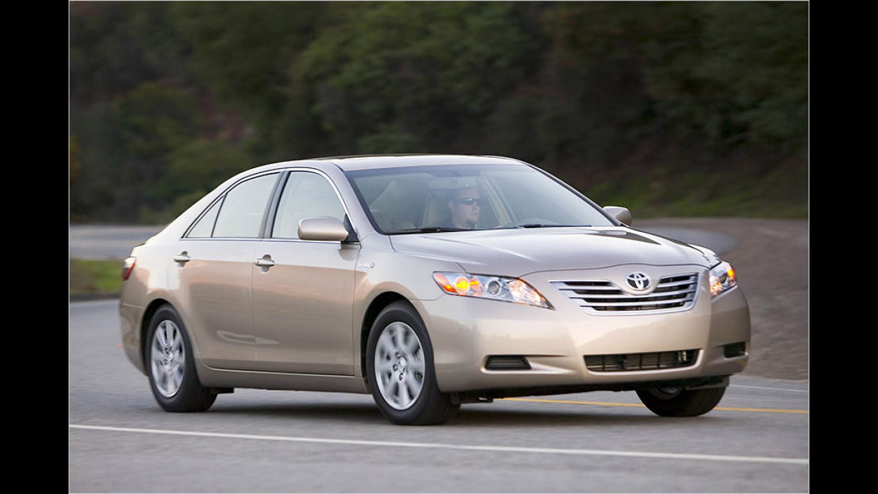 2007: Toyota Camry Hybrid