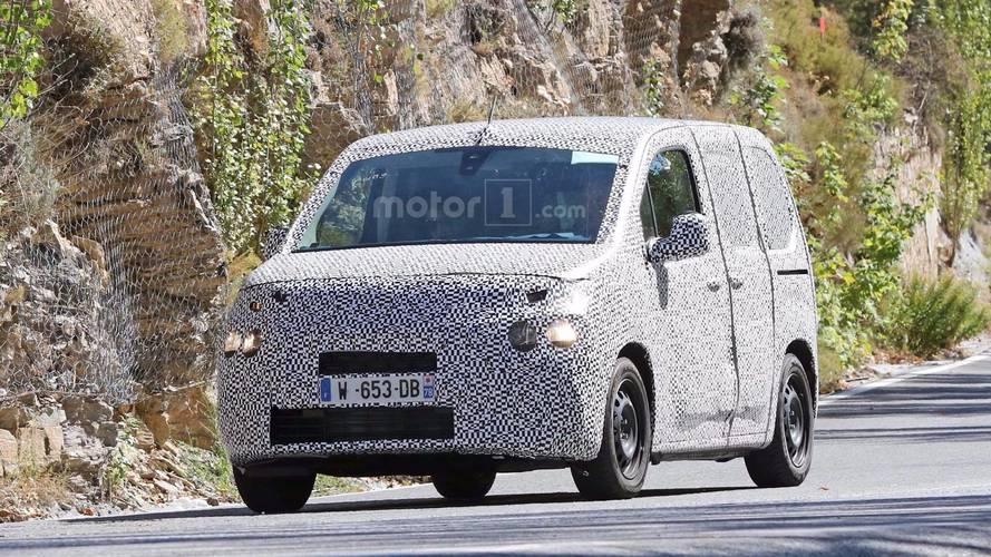 Yeni Citroën Berlingo ve Peugeot Partner casuslara yakalandı