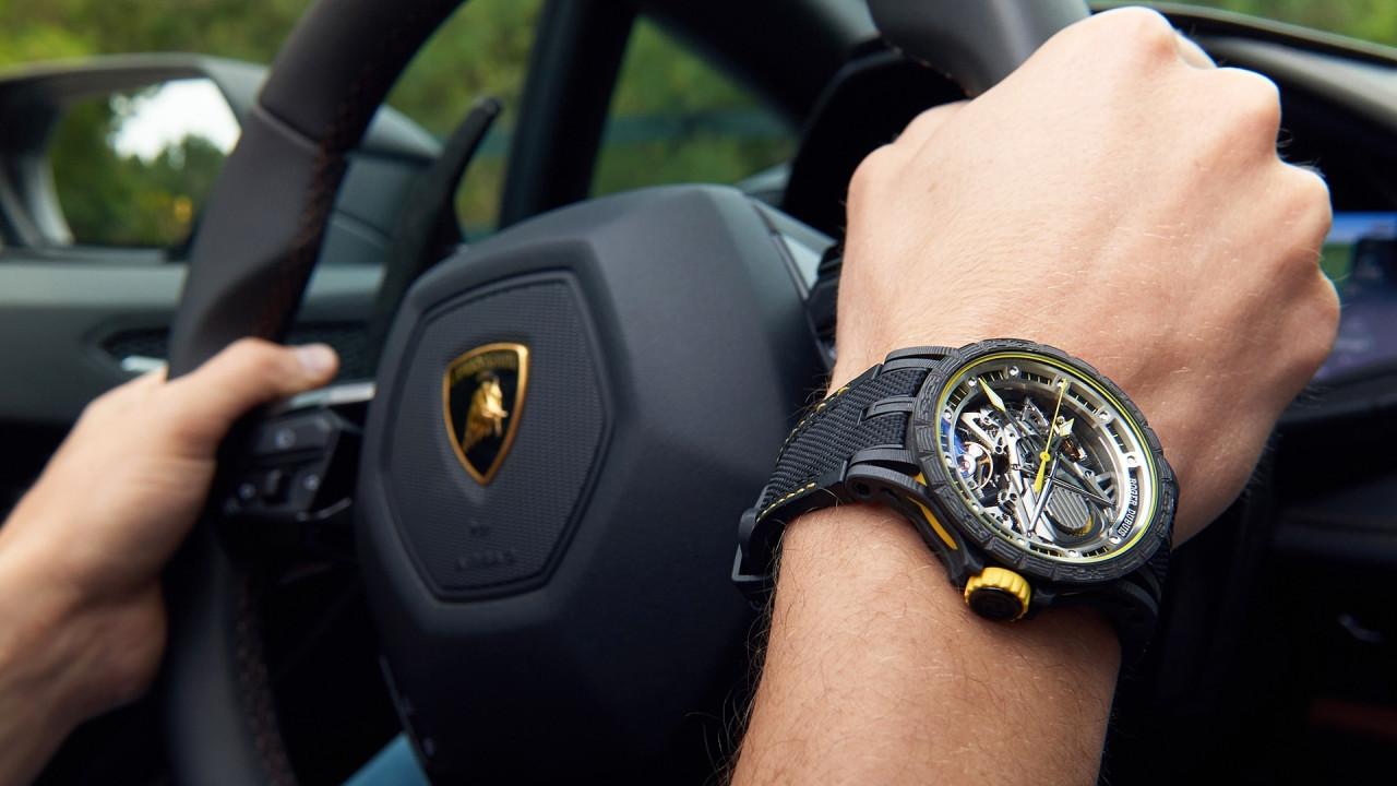 [Copertina] - La Lamborghini da polso si chiama Roger Dubuis Excalibur Aventador S