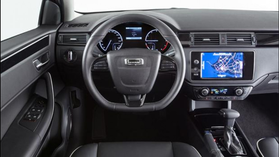 Qoros 3 Hatch, la cinese con il tablet dentro