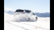 Guidare sulla neve: ecco le tecniche