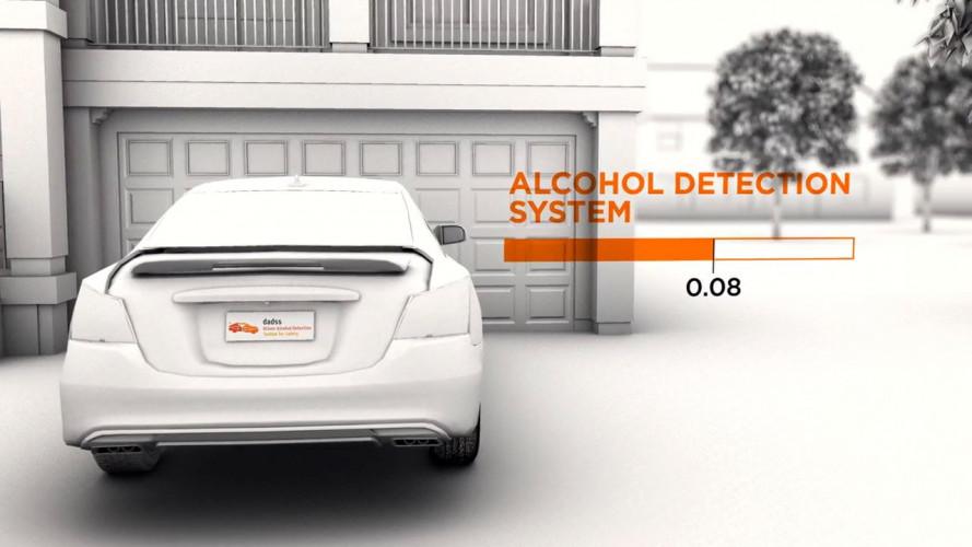 Hai bevuto? L'auto non si avvia [VIDEO]