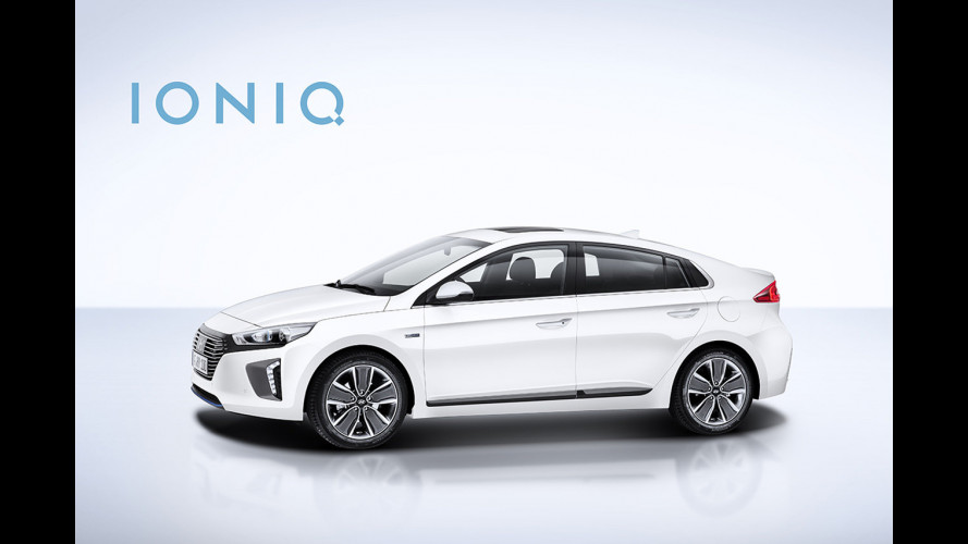 Hyundai Ioniq, estetica premiata con il Red Dot Design Awards