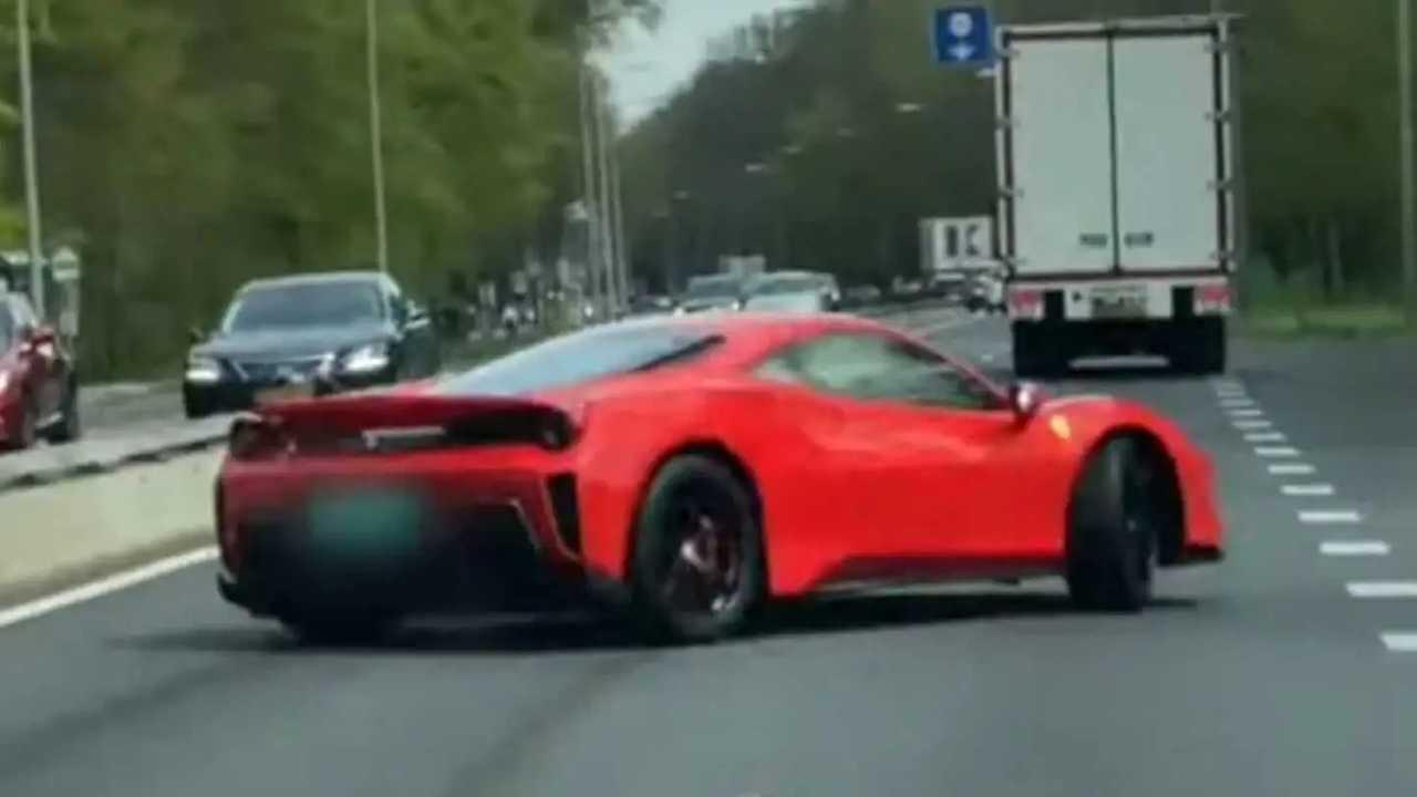Összetört Ferrari