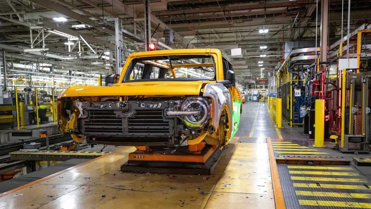 Ford Bronco Üretim Bandında