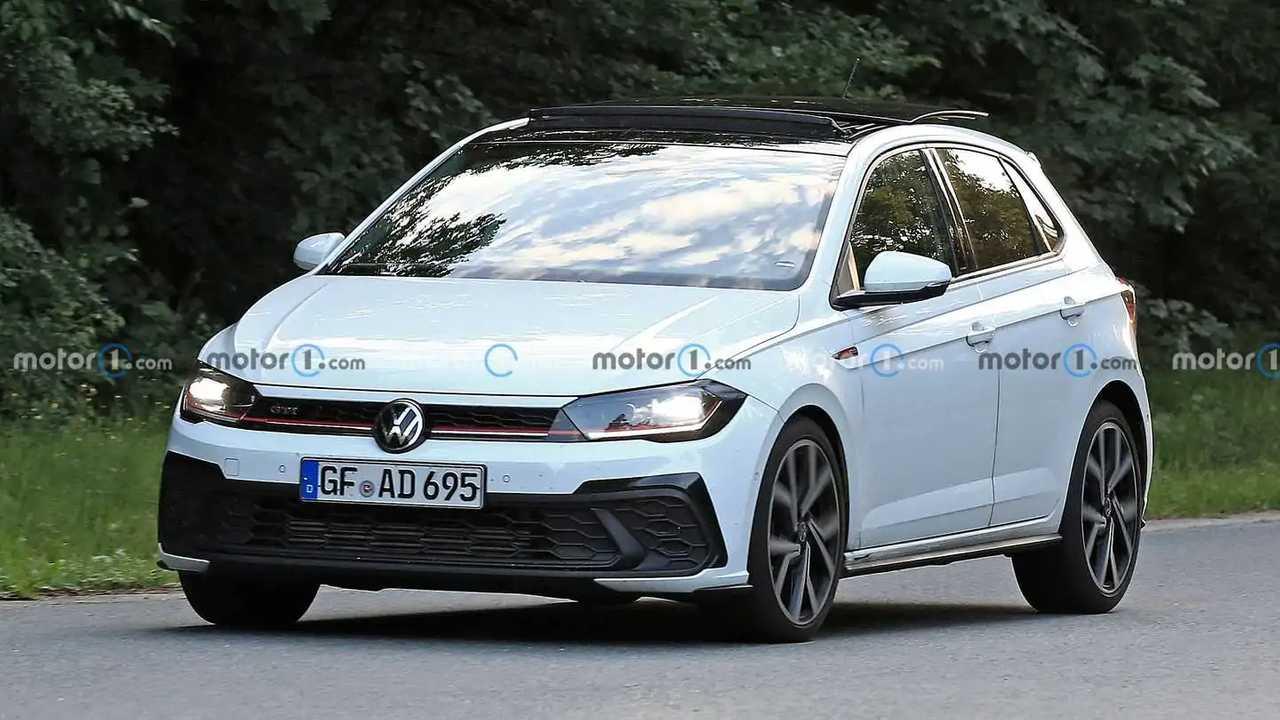 Der VW Polo GTI (2021) als getarnter Prototyp