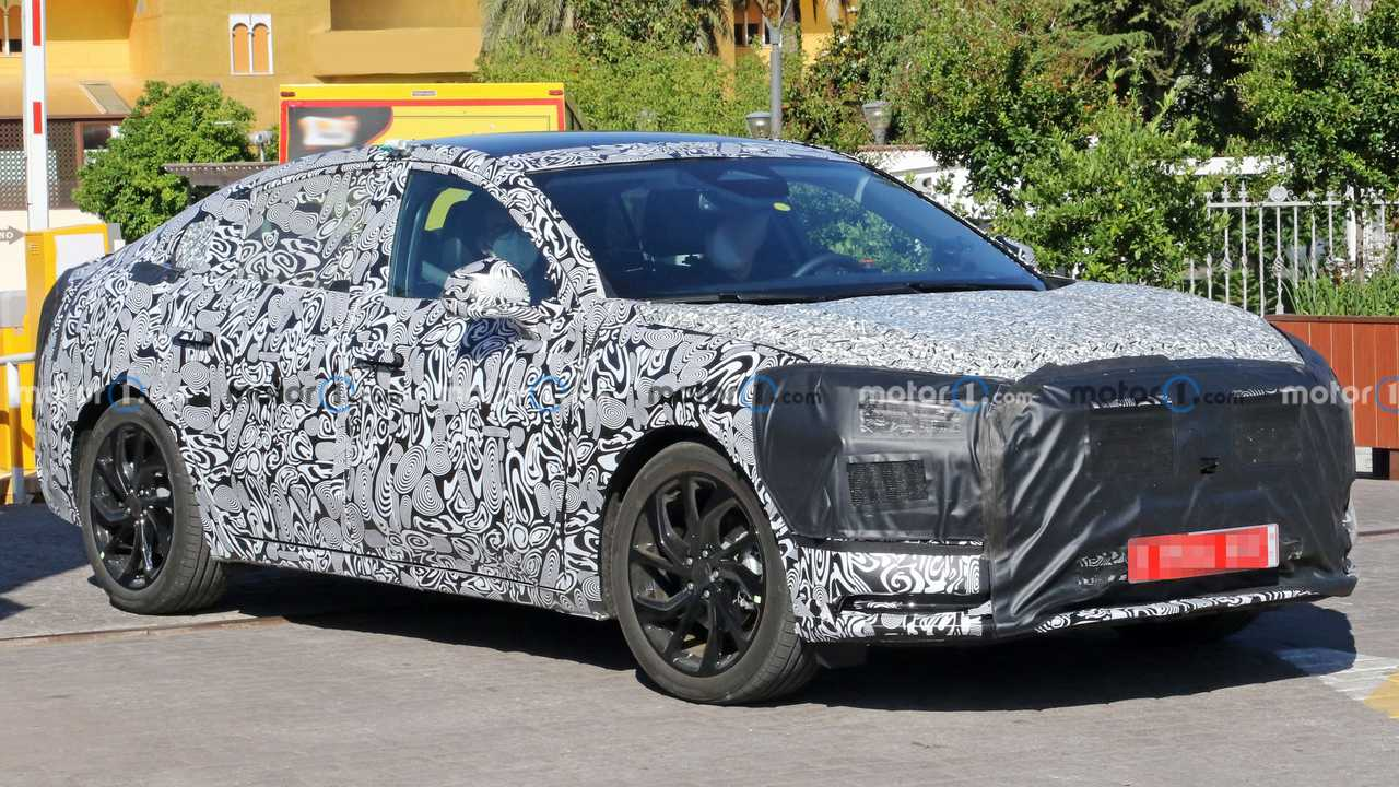 ford mondeo successor spied from the front
