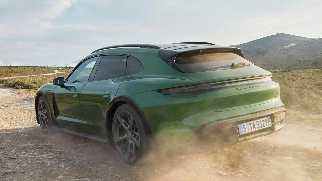 Porsche Taycan Cross Turismo 2021, un crossover eléctrico
