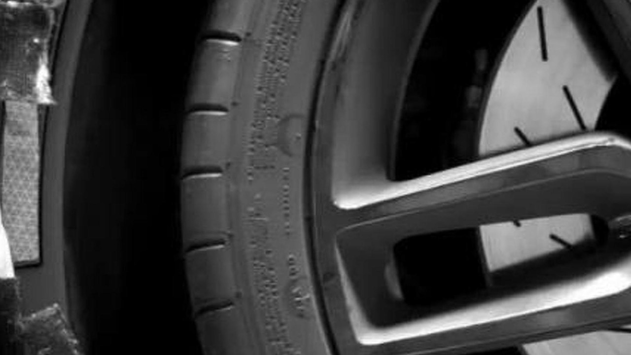 2014 Chevrolet Corvette C7 teaser image 22.10.2012
