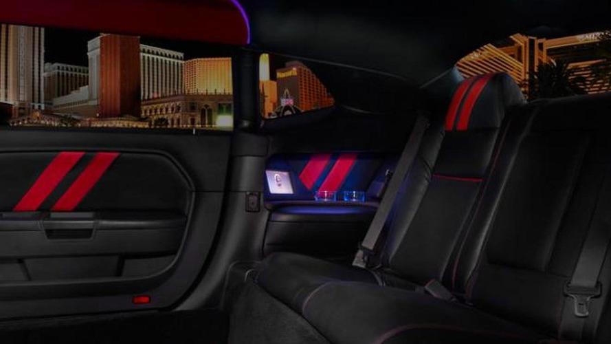 Dodge Challenger SRT8 stretch limousine [video]