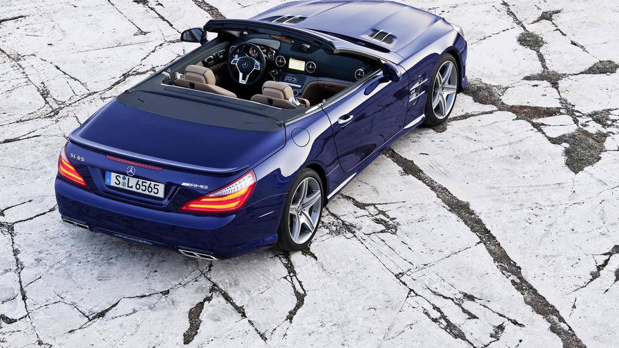 2013 Mercedes SL 65 AMG immortalized on video