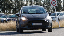 Ford Fiesta test mule spy photo
