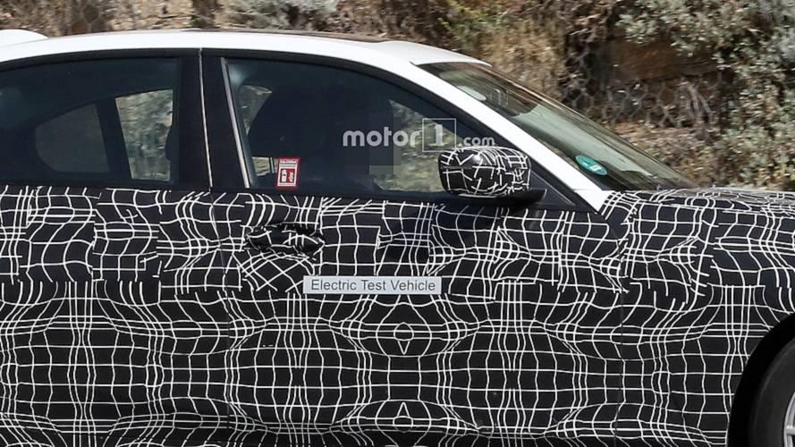 BMW 3 Series Electric spy photo